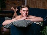 Nude shows BobLiberal